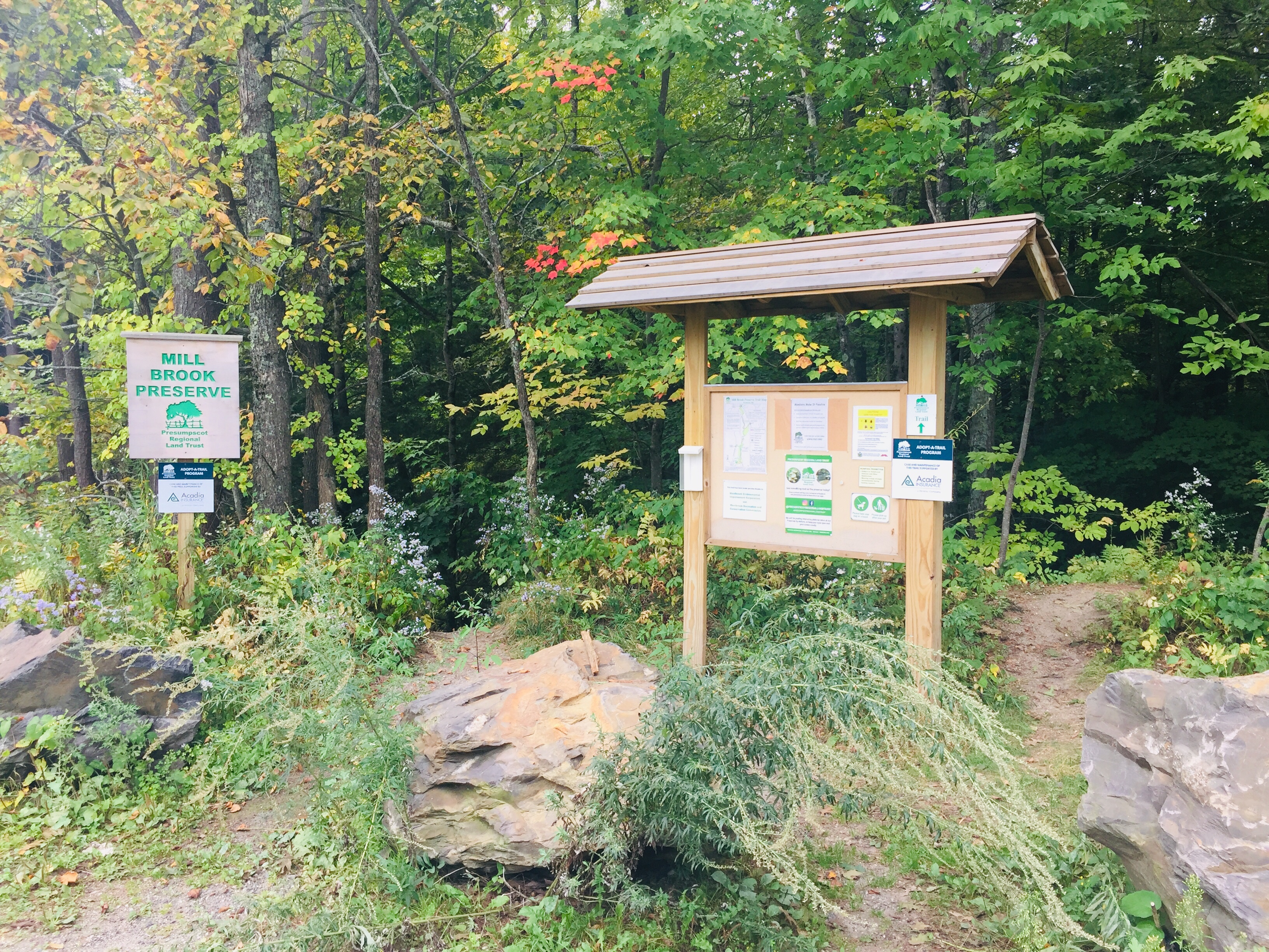 Information kiosk at Northern Trailhead, Mill Brook Preserve, Westbrook, ME